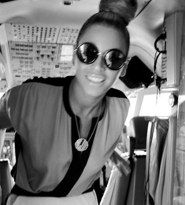 Beyonce Top Knot