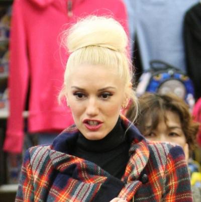 Gwen Stefani Bun